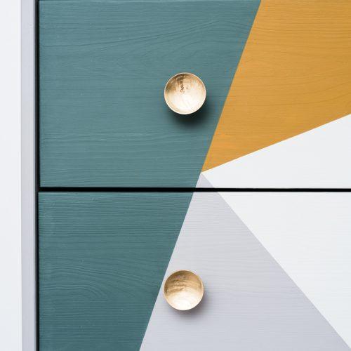 bútorfestés – geometrikus minta – Azúr Bagoly