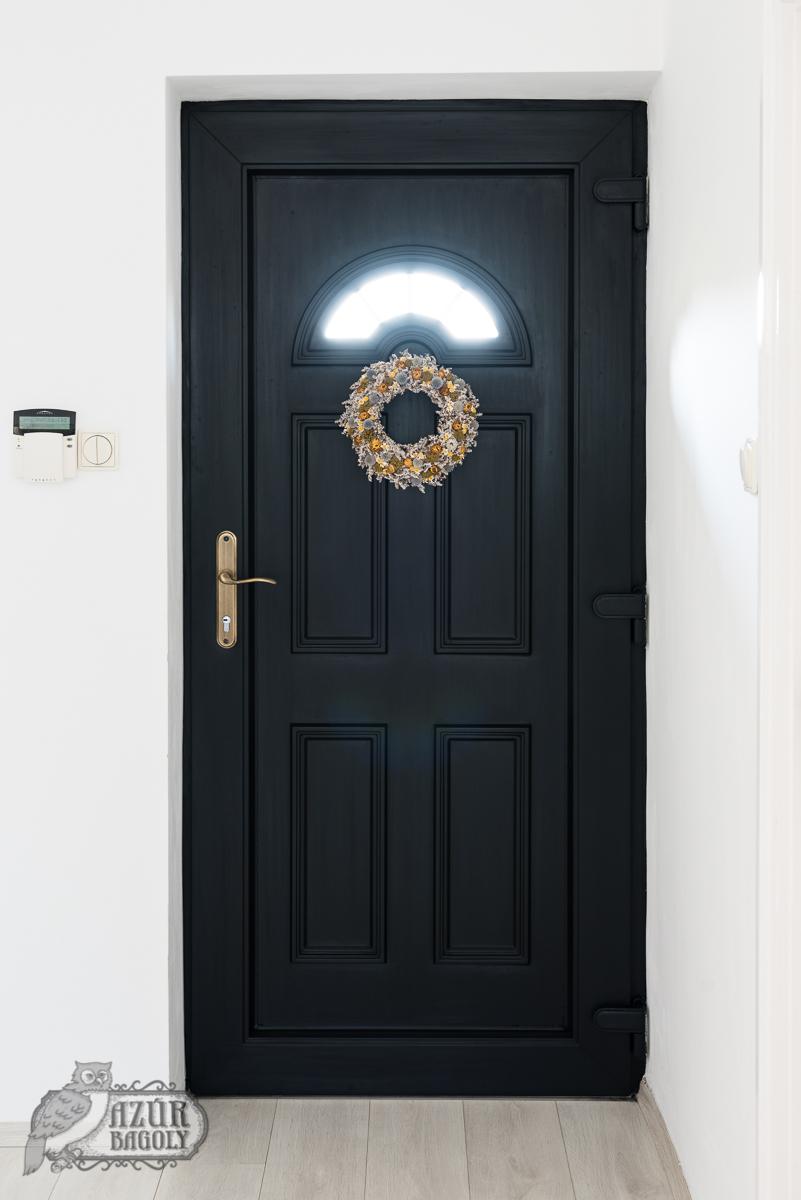 ajtófestés – ilyen volt – útmutató – ajtófelújítás házilag – hasznos tippek – Azúr Bagoly Tejfesték
