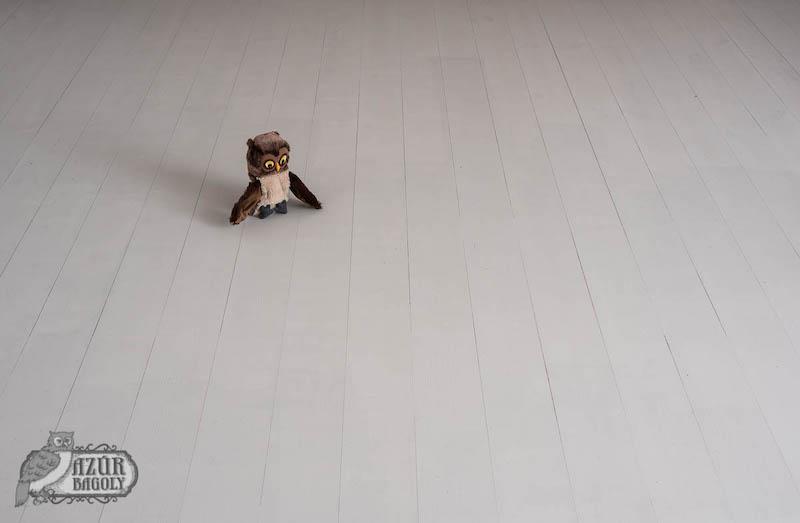 padlófestés, harmadik réteg - fapadló festés közben - Azúr Bagoly Tejfesték