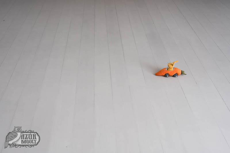 padlófestés - festett fapadló szürke színben - Azúr Bagoly Tejfesték